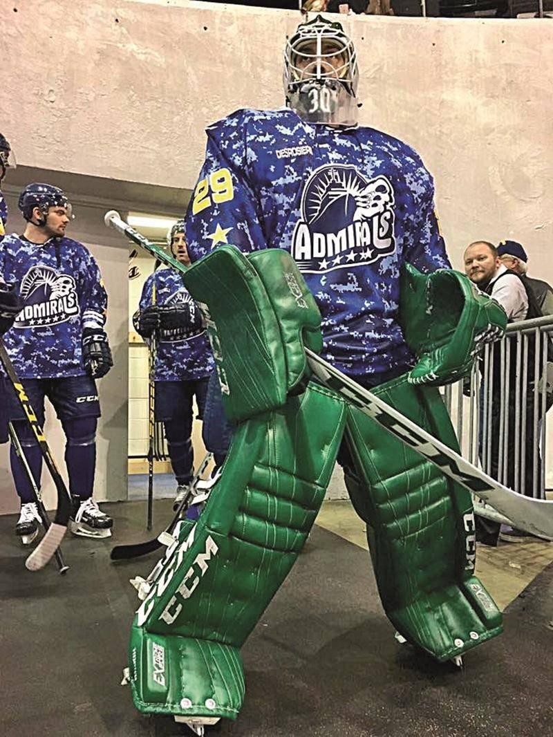 Philippe Desrosiers a joué avec trois équipes différentes au cours de la dernière saison, dont les Admirals de Norfolk à qui il a été « prêté » dans la ECHL. Photo Facebook
