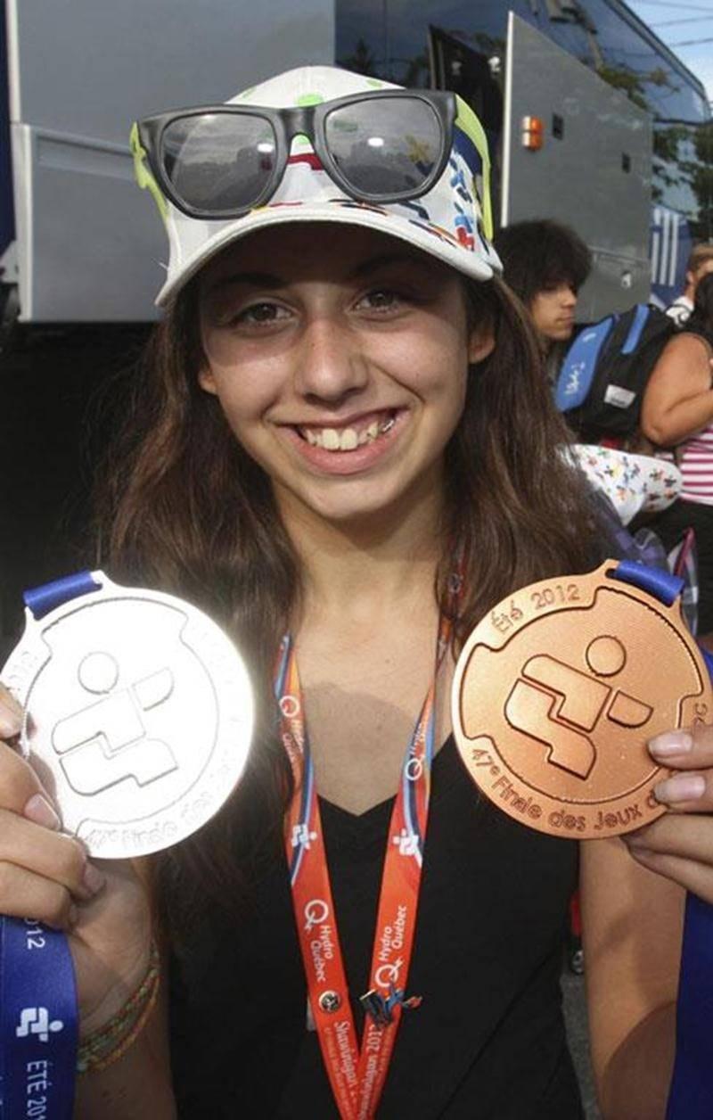 Daphnée Beaudry revient des Jeux du Québec de Shawinigan avec une médaille d'argent et une de bronze en tir à l'arc.