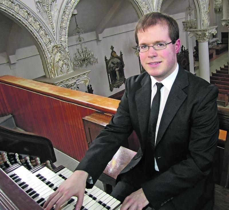 Jocelyn Lafond, organiste titulaire des orgues de la Cathédrale de Saint-Hyacinthe.