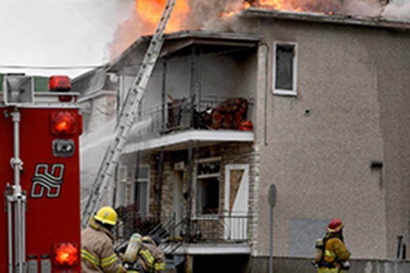 Cinq logements ravagés par les flammes