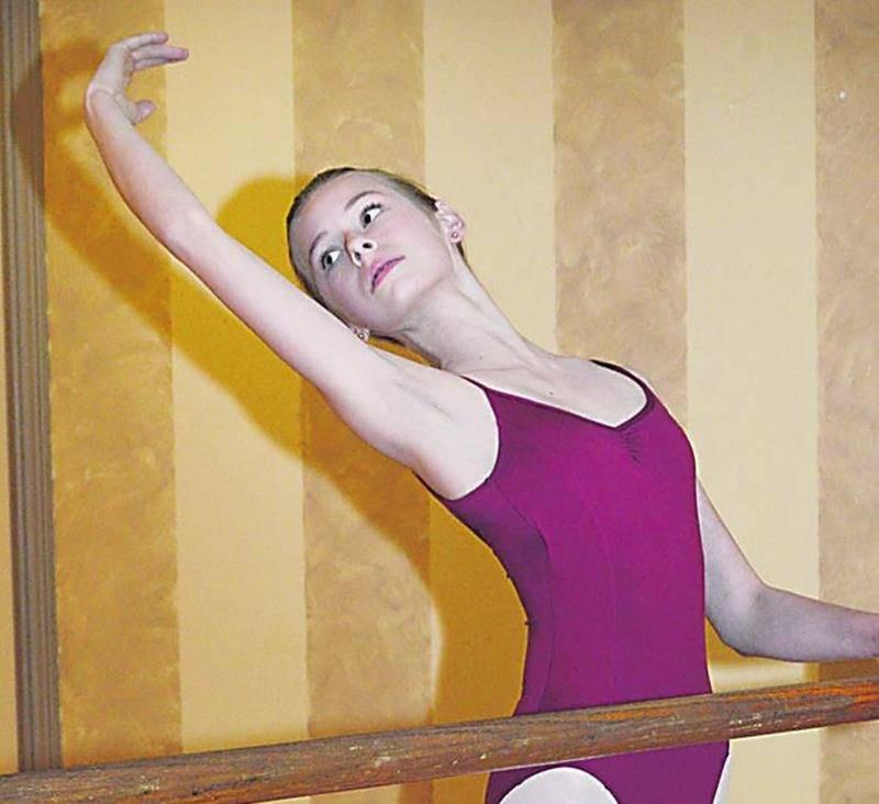 Alexandra Chartier a vécu une expérience formidable en étant de la distribution de Paquita présenté par les Grands Ballets Canadies en collaboration avec le Ballet de l'Opéra National de Paris. Photo François Larivière | Le Courrier ©