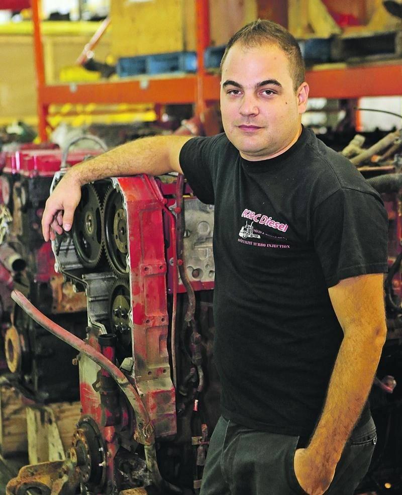 Kévin Lussier, copropriétaire de l'entreprise K&C Diesel. Photo Robert Gosselin | Le Courrier ©
