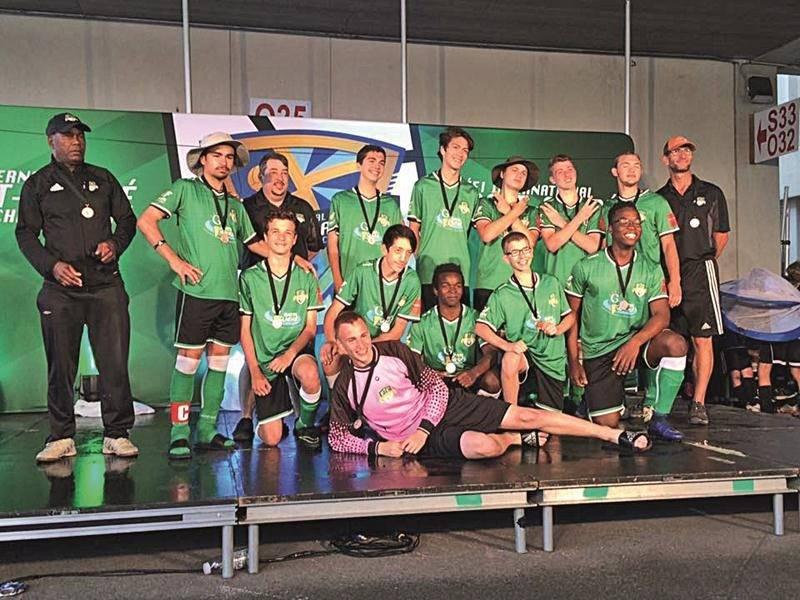 Chez les U16 masculin A, Saint-Hyacinthe a raflé la médaille de bronze. Photos Courtoisie