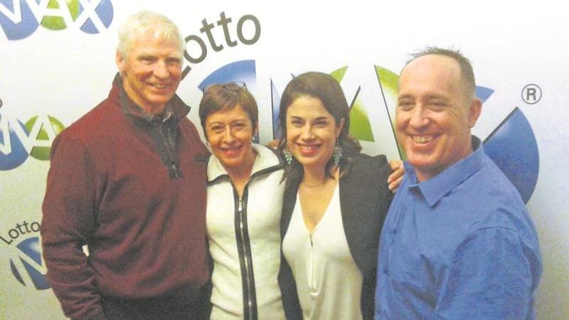 Quatre gagnants du plus gros lot jamais décerné par Loto-Québec proviennent de la grande région de Saint-Hyacinthe. Il s'agit de Robert Boivin, Claudine Girard, Marie-Claude Normandin et Marco Lafleur.