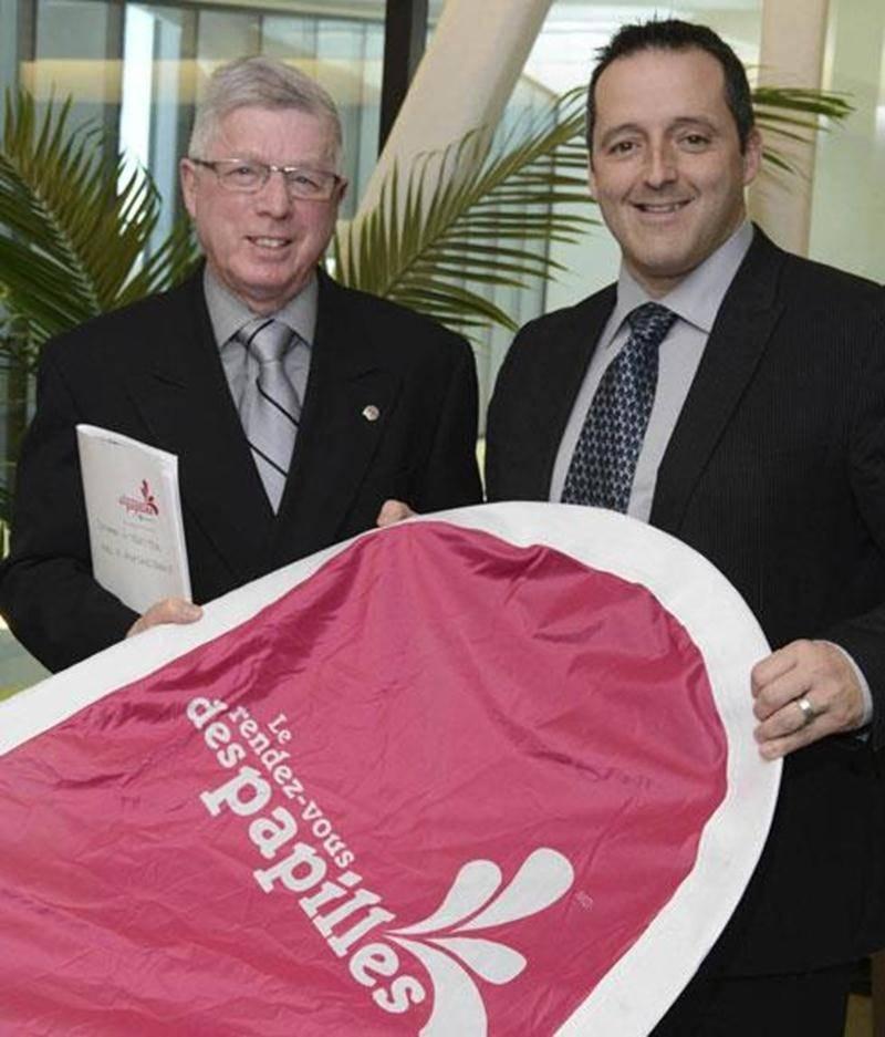 Claude Marchesseault, président du Rendez-vous des papilles, accompagné de Louis Gendron, président de la Chambre de commerce et de l'industrie Les Maskoutains.