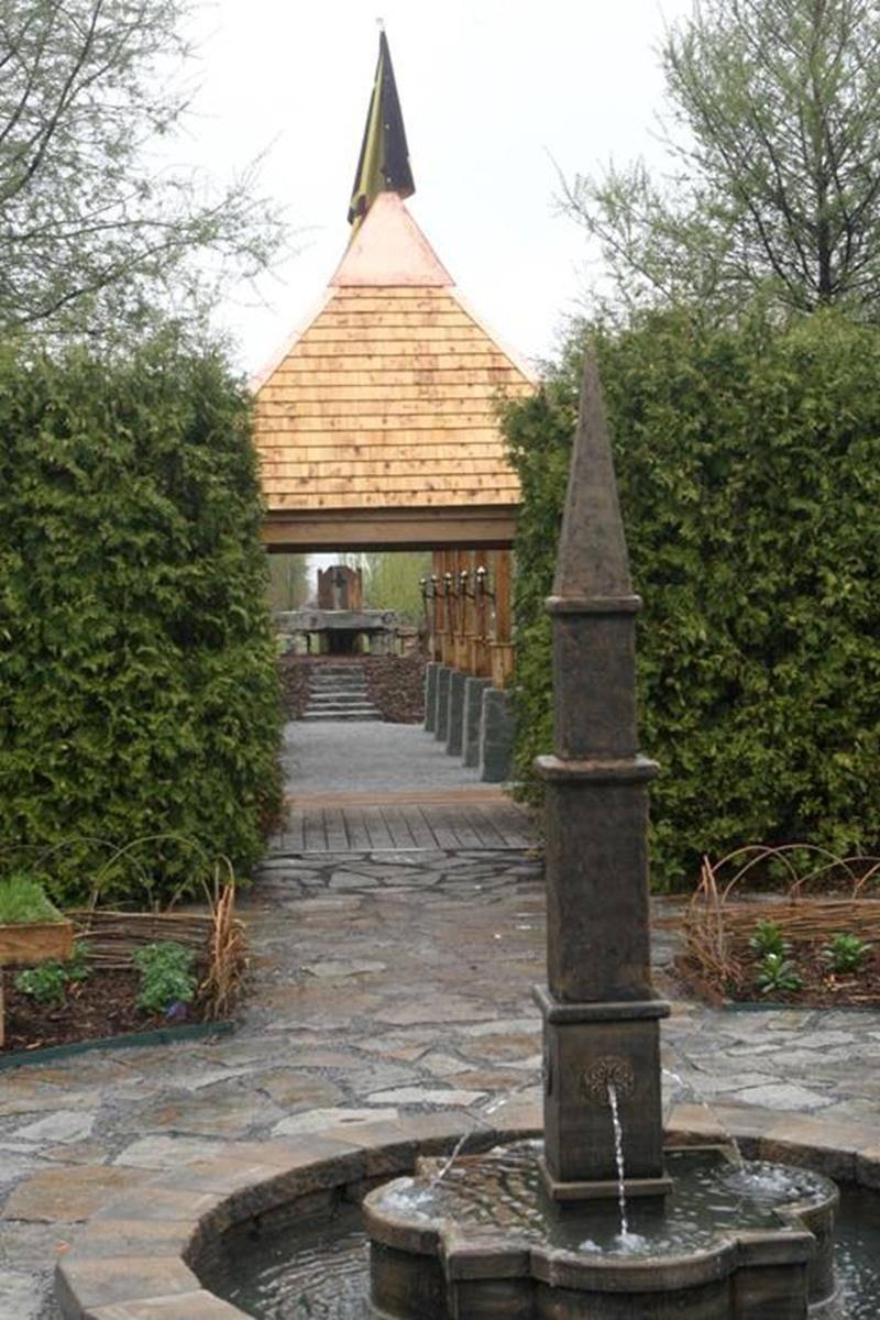 Le jardin médiéval, l'un des 20 jardins thématiques qu'on peut visiter au Jardin Daniel A. Séguin.