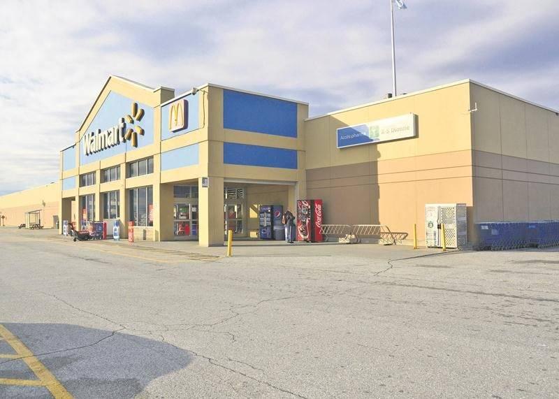 Le processus est enclenché pour convertir le Walmart de Saint-Hyacinthe en Supercentre. Photo François Larivière | Le Courrier ©