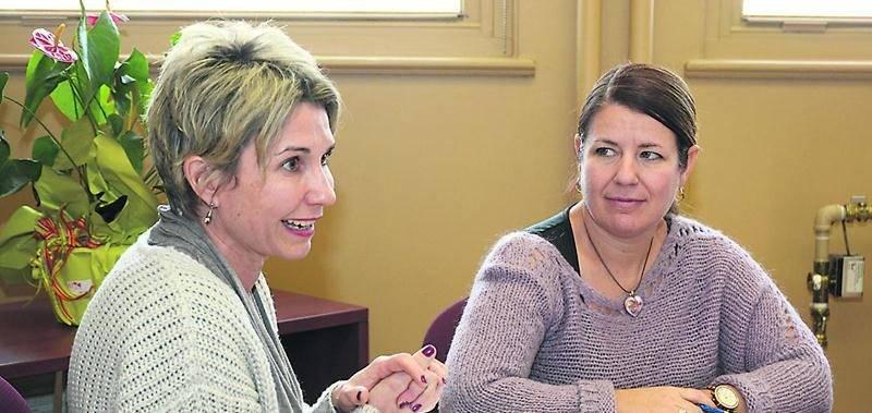 Karina St-Germain, directrice des services éducatifs et Caroline Dupré, directrice générale de la CSSH. Photo François Larivière | Le Courrier ©