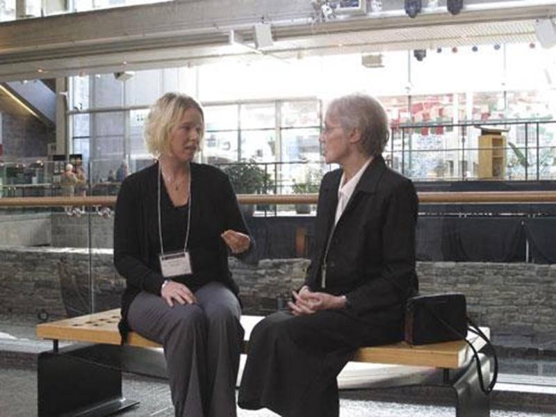 Anick Chandonnet et soeur Suzanne Gloutnez ont participé au 78<sup>e</sup> Congrès de la Société canadienne d'histoire de l'Église catholique à Québec.