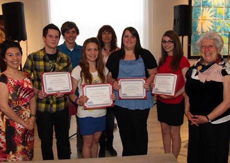Les gagnants du Concours Place à la critique 2011.