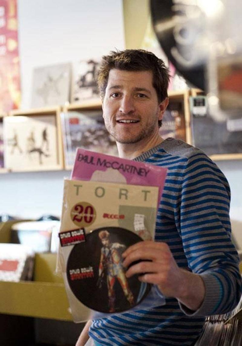 Des éditions limitées de vinyles comme ceux de David Bowie et de Paul McCartney étaient parmi les items en vente lors du Record Store Day, la journée de fête des disquaires indépendants.