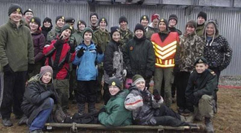 Le Corps de Cadets de Saint-Hyacinthe enseigne de belles valeurs à nos jeunes de 12 à 18 ans : sens du civisme, respect des autres, altruisme, leadership, survie et débrouillardise. En dehors de leurs soirées d'instruction du lundi soir, les Cadets acceptent volontiers de donner un coup de main lors d'événements tels la Guignolée, le souper homards du Club Optimiste Douville, le Rendez-vous des papilles et la fête citoyenne Saint-Hyacinthe en blanc. Les jeunes garçons et filles qui aimeraient se
