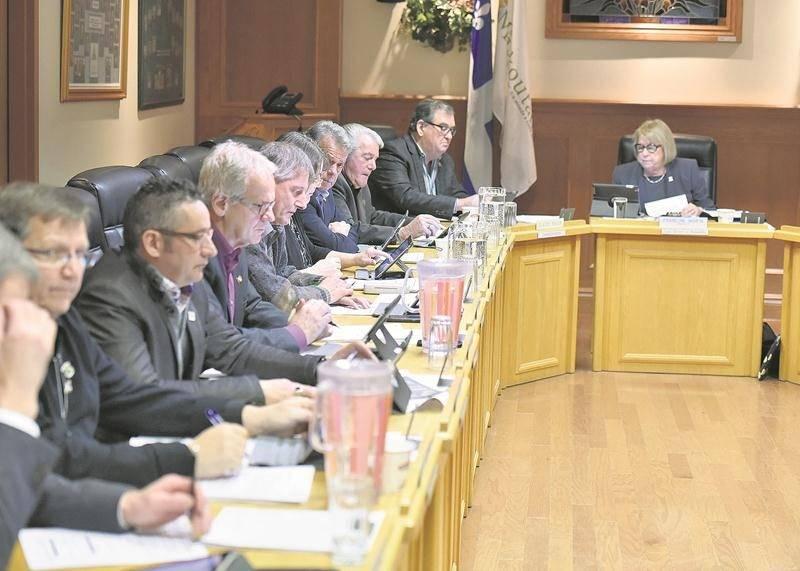 Assurément, le conseil des maires de la MRC des Maskoutains ressortira modifié des élections municipales 2017, en raison des départs déjà annoncés. Photo François Larivière | Le Courrier ©