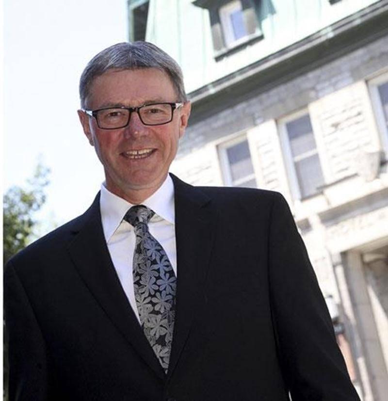Claude Corbeil est le second candidat à briguer la mairie de Saint-Hyacinthe.