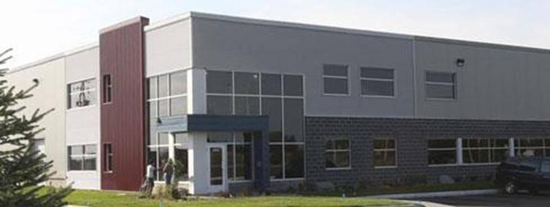 Les Industries de Moules et Plastiques VIF situées dans le parc industriel Olivier-Chalifoux.