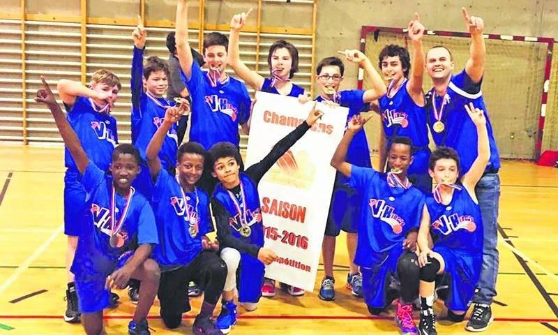 L'équipe mini des V-Kings a remporté le championnat de la ligue de basketball de la Montérégie. Photo Courtoisie