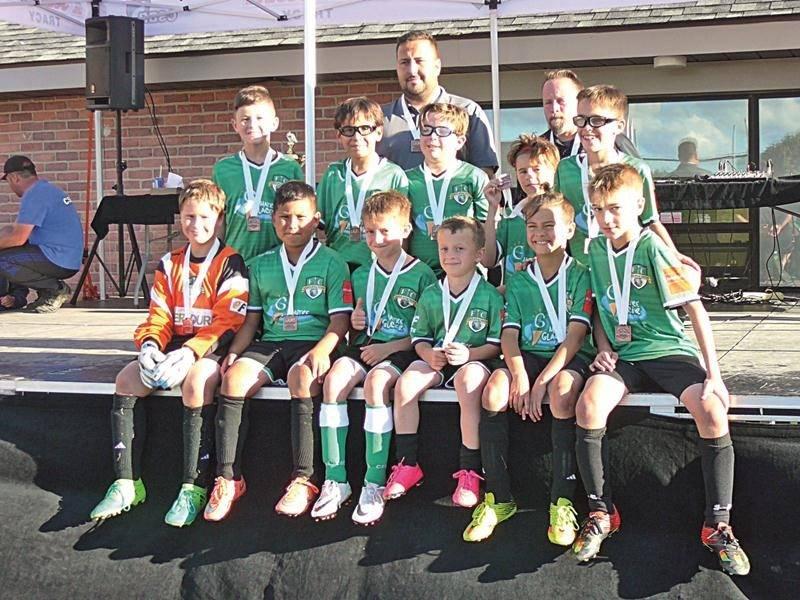 Le FC Saint-Hyacinthe U10 espoir, médaillé de bronze également. Photo Courtoisie