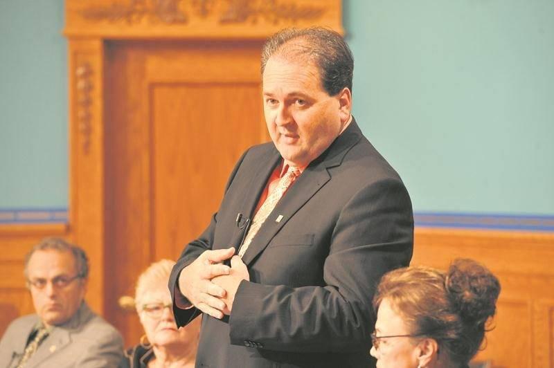 Le conseiller Alain Leclerc a exprimé son insatisfaction sur le dénouement des négociations dans le dossier des équipements supralocaux.  Photothèque Le Courrier