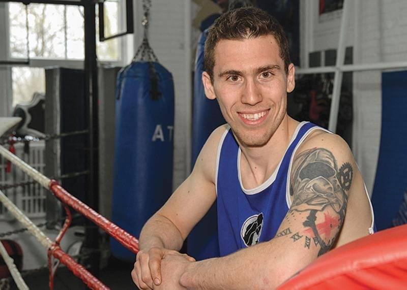Depuis le début de sa carrière de boxeur, Samuel Lajoie carbure aux défis, voulant constamment affronter les meilleurs athlètes de la province et du pays.