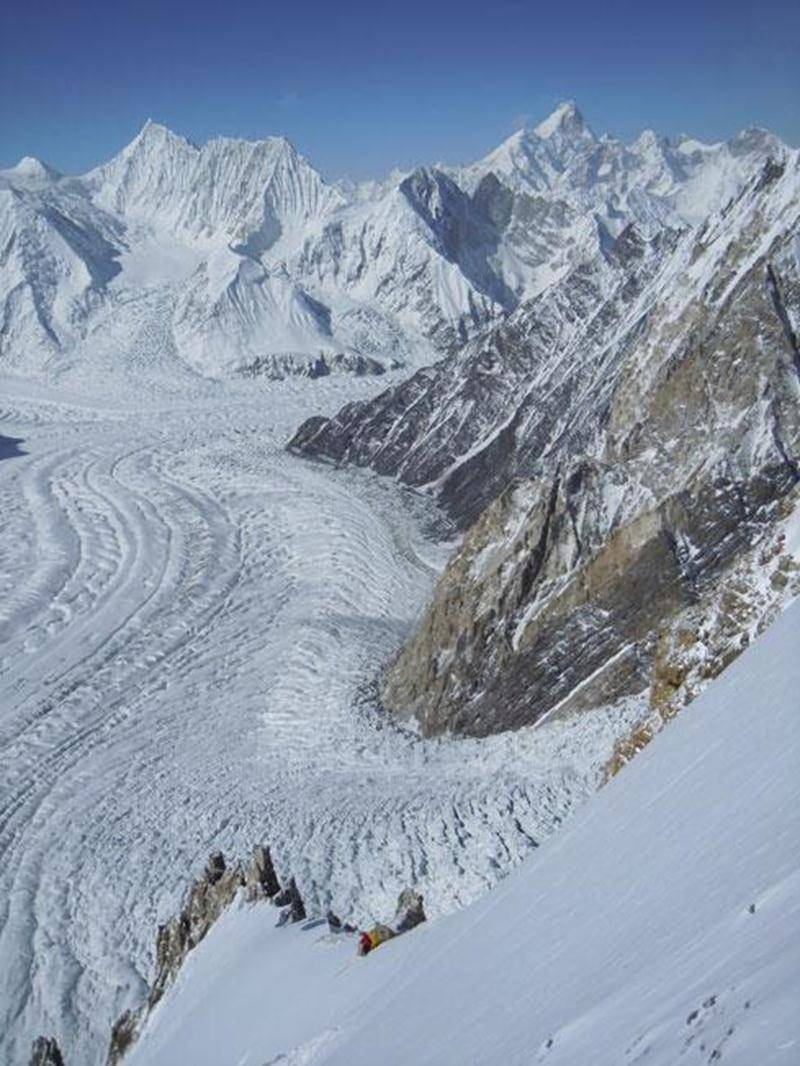 Le Club alpin Les Maskoutains recevra la visite de Louis Rousseau, alpiniste de renommée internationale, le jeudi 1 er novembre, à 19 h, au parc Les Salines. En première partie, on présente son film en compétition cette année au Festival des films de Banff « Next time Inshalla » sur l'ascension hivernale au Gasherbrum 1. En deuxième partie, M. Rousseau présente sa plus récente expédition au Pakistan sur la face nord du Gasherbrum en 2012. Il nous fait l'honneur de tenir sa grande première en sol