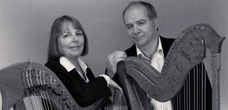 Les harpistes Robin Grenon et Gisèle Guibord présenteront le concert <em>Harpes d'Irlande et du Paraguay</em> à l'église du Précieux-Sang, secteur La Providence, le dimanche 20 mai, dès 14h, à l'occasion d'un spectacle-bénéfice au profit de la Fabrique de la paroisse ainsi qu'aux oeuvres de charité pour Haïti. Entouré par leurs harpes celtiques et paraguayennes, le duo interprètera des oeuvres classiques, passant d'un style à l'autre, en racontant les pièces en mots et en émotions. Aussi reconn