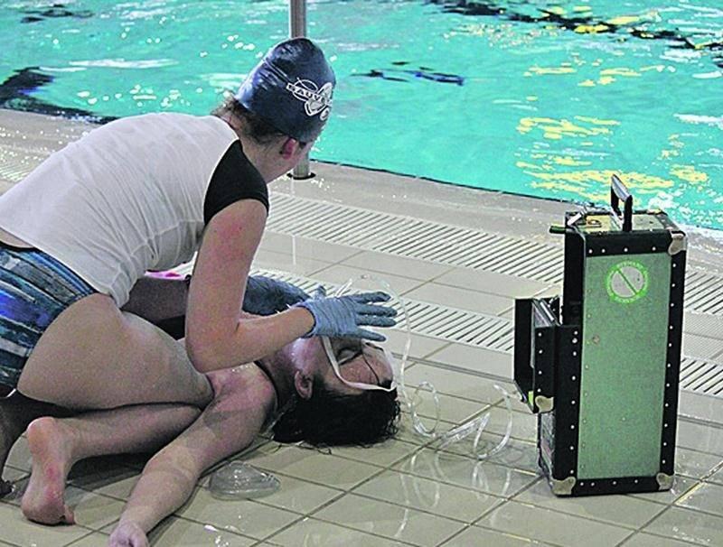 Une membre des CAM-Ikazes en action au championnat canadien de sauvetage sportif. Photo Flickr Société de sauvetage