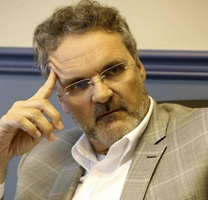 Le conseil d'administration de la Chambre de commerce et de l'industrie Les Maskoutains a mis fin au contrat du directeur général, Serge Gélinas.