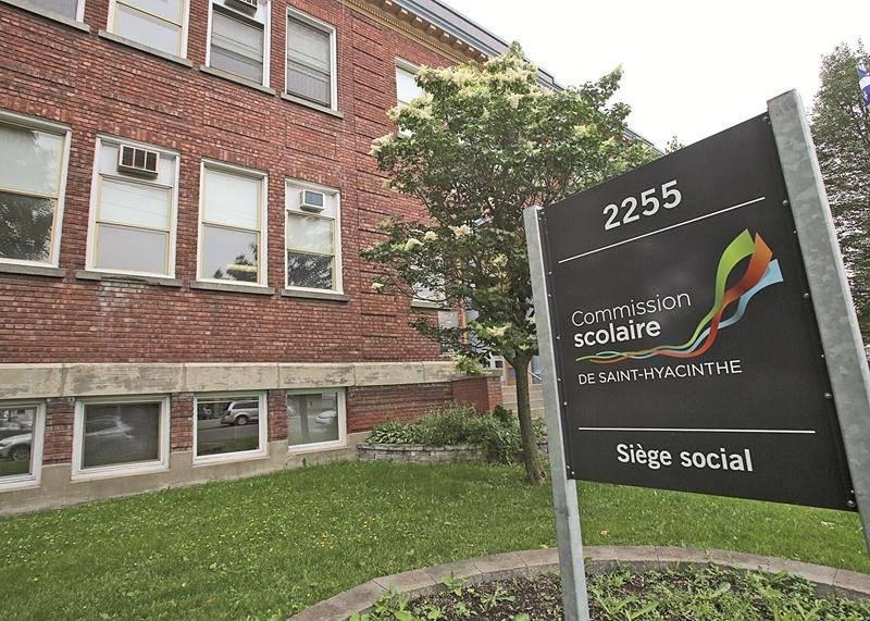 Les contribuables de la CSSH paieront un peu plus cher en taxes scolaires cette année. Photothèque | Le Courrier ©