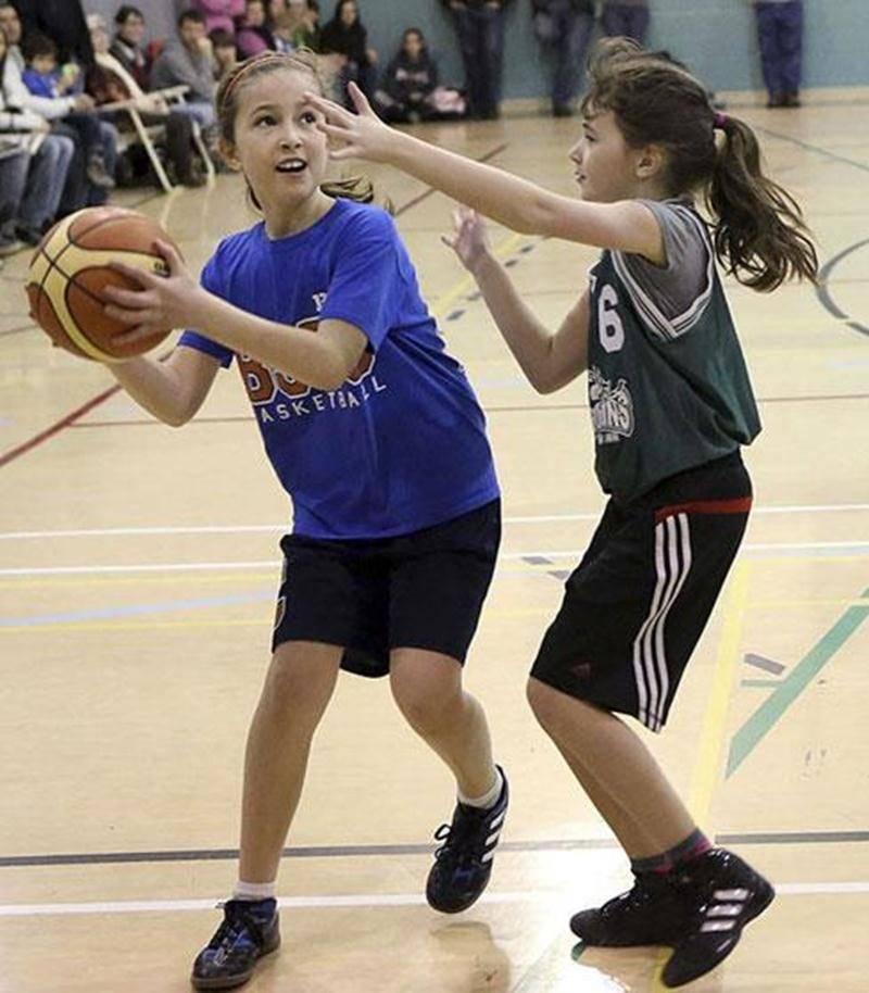 Parmi les 80 équipes participant à la Classique de mini-basket Correcaminos, une vingtaine provenaient de la région, dont de l'école Bois-Joli-Sacré-Coeur.
