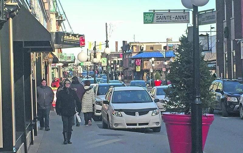 Sous des conditions printanières, les commerces du centre-ville de Saint-Hyacinthe ont connu une bonne fréquentation le lendemain de Noël.