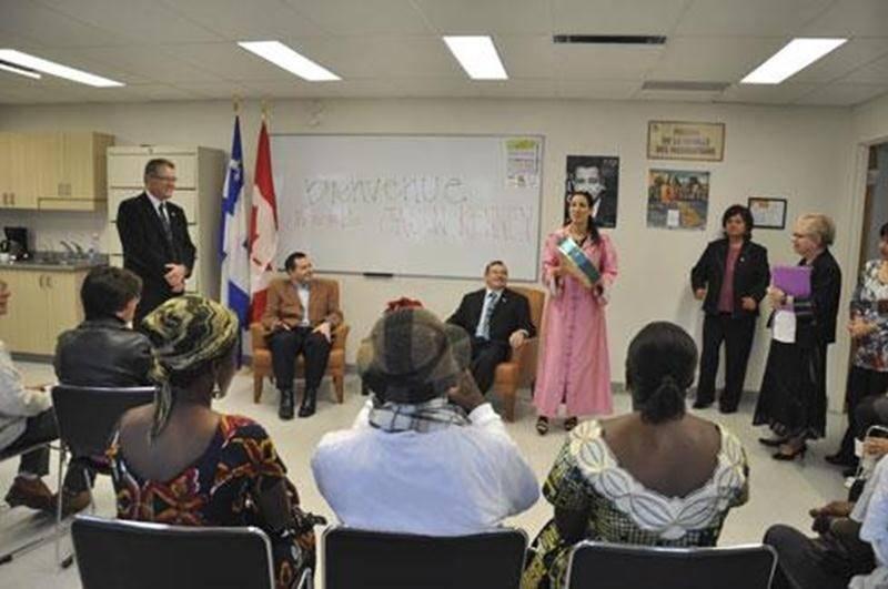 Dans le cadre d'une récente tournée, le ministre fédéral de l'Immigration, Jason Kenney, était de passage à Saint-Hyacinthe. Il a rendu visite aux gens de la Maison de la famille des Maskoutains où il a pu échanger en français avec une cinquantaine de personnes issues de 16 pays différents.
