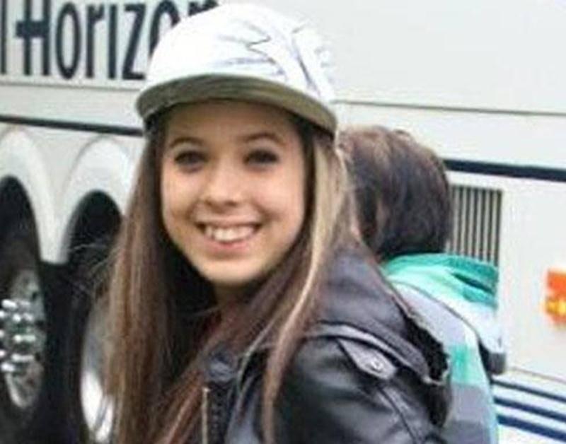 Les policiers de la Sûreté du Québec de la MRC des Maskoutains demandent l'aide de la population pour retracer une adolescente de 17 ans qui était hébergée à Saint-Hyacinthe. Alexina Béland a quitté son lieu de résidence le 7 juin et a été revue pour la dernière fois le 18 juin alors qu'elle serait allée rencontrer des élèves d'un établissement scolaire de la rue T.-D.-Bouchard à Saint-Hyacinthe. Selon certaines informations obtenues, elle pourrait se trouver dans la région de Montréal puisqu'el