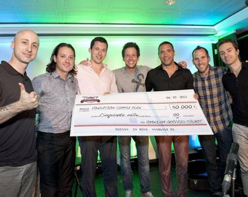 Un montant de 160 000 $ en dons a été amassé lors de la 6 e édition de l'Omnium Gervais-Talbot. Les membres du groupe Simple Plan, accompagnés par les deux hockeyeurs, étaient ravis d'obtenir 50 000 $ pour leur fondation.