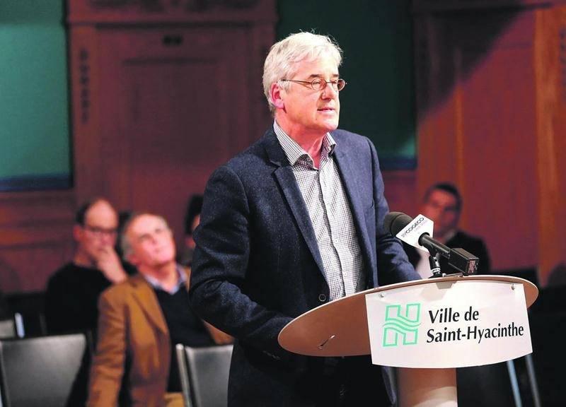 Émile Bouchard, vice-doyen de la Faculté de médecine vétérinaire. Photo Robert Gosselin | Le Courrier ©