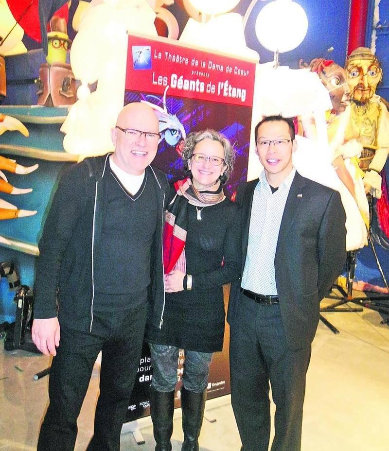 Le Théâtre de la Dame de Coeur d'Upton soulignera, au cours des prochains mois, son 40e anniversaire avec une programmation spéciale. De gauche à droite, le directeur général et artistique Richard Blackburn, la présidente Sylvie Bellerose et le président d'honneur Ty Diep.