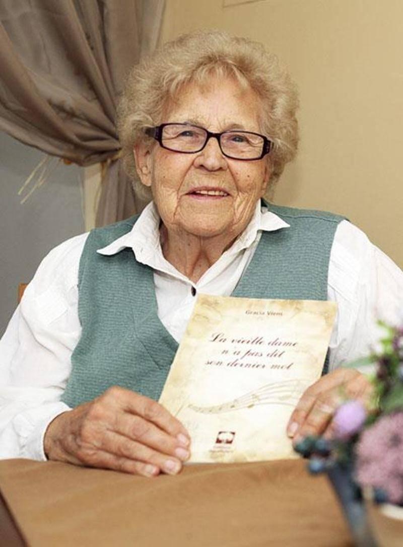 Mère de treize enfants et travailleuse au foyer, Gracia Viens, âgée de 89 ans, lancera son deuxième livre intitulé <em>La vieille dame n'a pas dit son dernier mot</em>, samedi, à la salle des Chevaliers de Colomb à Saint-Damase à 13h30. Édité chez les Éditions des Oliviers, ce roman est inspiré de la vie de son auteure, soit de 1924 à aujourd'hui. Son premier livre intitulé <em>Au fil des heures, au long des jours</em> a été publié en 2011.