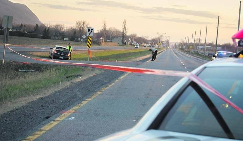 Une cycliste de 75 ans a subi d'importantes blessures alors qu'elle a été happée par une voiture au moment où elle désirait traverser la route 116, à la hauteur du Chemin Grand Rang, à Sainte-Marie-Madeleine, samedi après-midi. Son état s'est stabilisé en soirée, alors que les autorités ont indiqué ne plus craindre pour sa vie. L'impact s'est produit dans une zone de la route 116 où la limite de vitesse est fixée à 90 km/h. Une enquête a été ouverte par la Sûreté du Québec. Selon les premières
