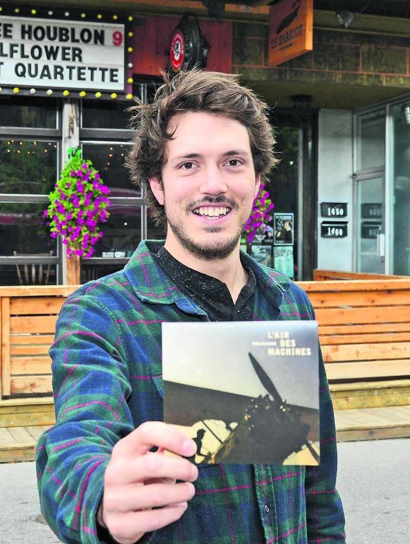 L'auteur-compositeur et interprète Tom Chicoine présente son premier album L'Air des Machines.