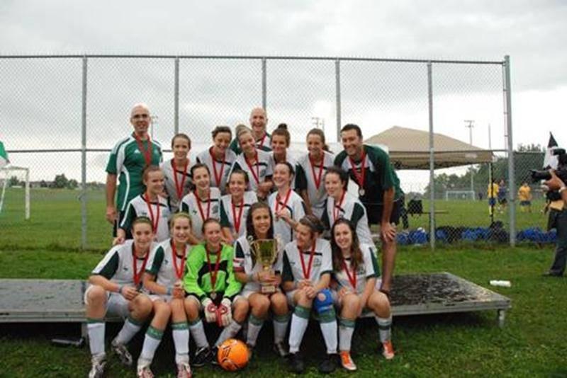 Les porte-couleurs de l'Inter U14 A féminin ont décroché l'or lors du tournoi national de soccer de Terrebonne, les 20 et 21 août. Cette victoire fait suite à l'argent récolté en juillet dernier lors de la Coupe de soccer internationale de Laval. Une victoire de 2-0 lors de son dernier match de la saison régulière a également assuré aux Maskoutaines le titre de championnes de la saison 2011 dans la ligue de soccer Richelieu-Yamaska. Les joueuses dirigées par Martin Landry, Yves Théoret et Louis