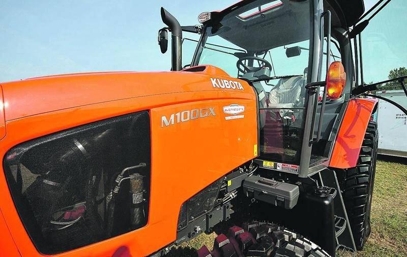 Le fabricant japonais de tracteurs et d'équipements lourds Kubota a profité d'Expo-Champs pour présenter sa nouvelle gamme de produits de série M. Photo François Larivière | Le Courrier ©