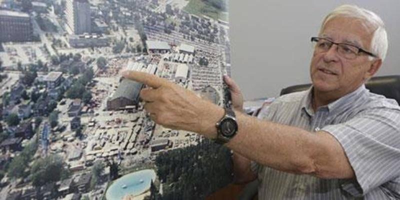 Embauché en 1973, le directeur général de la Société d'agriculture, Richard Robert, quittera ses fonctions 43 Expos plus tard, en décembre 2015.