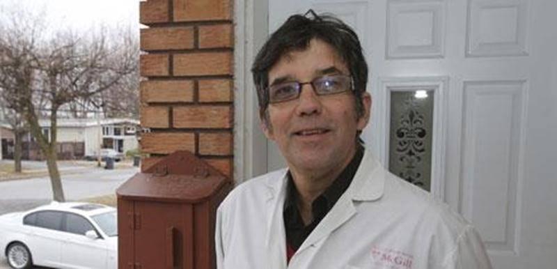 En initiant l'équipe dentaire mobile, le D r Jacques Véronneau voulait apporter une portée sociale à sa vocation.