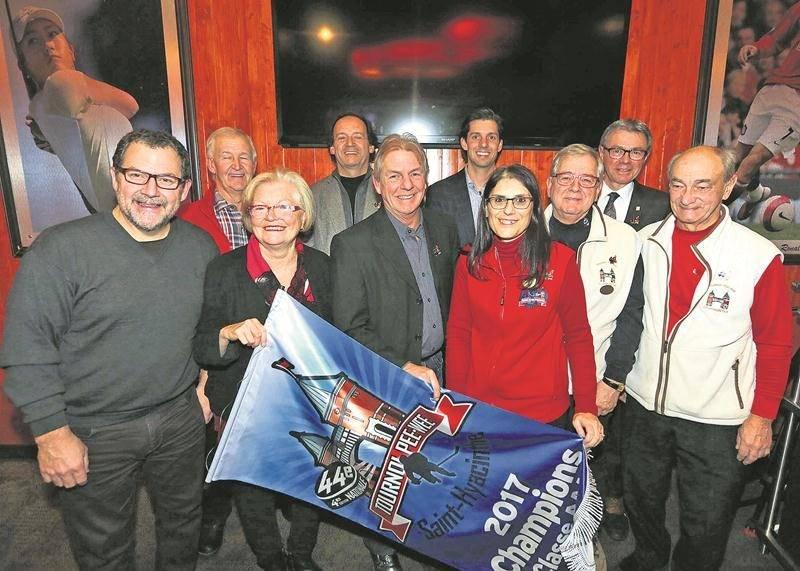 Le comité organisateur du Tournoi de hockey pee-wee de Saint-Hyacinthe est fébrile à l'approche de sa 44e édition. Photo Robert Gosselin | Le Courrier ©
