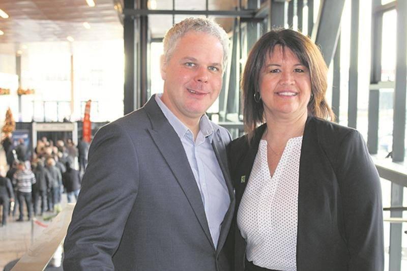 Sur la photo, Dany Boulette, directeur des ventes du Centre de congrès de Saint-Hyacinthe, et Nancy Lambert, directrice tourisme et congrès à Saint-Hyacinthe Technopole.  Photo Donovan St-Hilaire