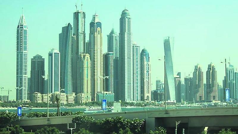 De nombreux gratte-ciel aux lignes avant-gardistes façonnent le panorama de cette ville cosmopolite. Photo courtoisie