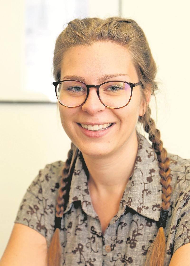 L'automne prochain, Mylène Ducharme deviendra la première Canadienne admise au programme de restauration du textile de l'Institut national du patrimoine de Paris.  Photo Robert Gosselin | Le Courrier ©