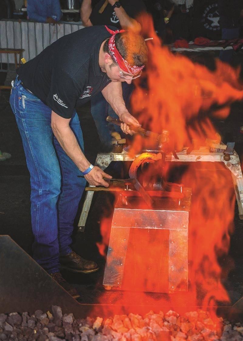 La Compétition internationale des Maréchaux ferrants avec l'Association des maréchaux ferrants du Québec (AMFQ) s'est également tenue le samedi et le dimanche 6 et 7 mai. Ce qui donne lieu à des démonstrations d'adresses assez impressionnantes.