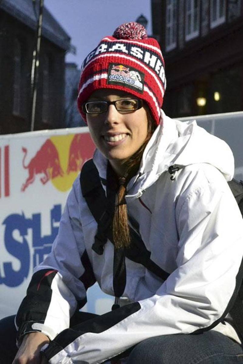 La Maskoutaine Julie Savoie a vécu de grandes émotions lors de ses descentes sur la piste du Red Bull Crashed Ice, samedi, à Québec.