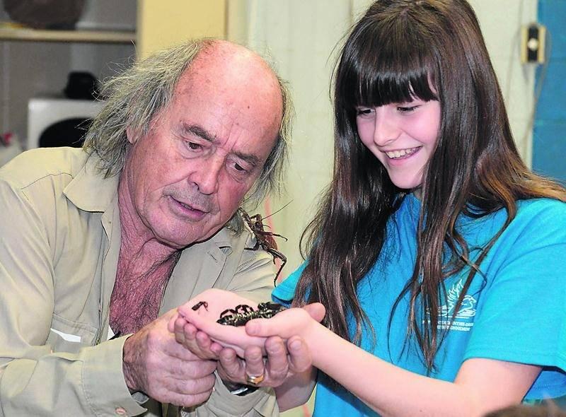 L'entomologiste Georges Brossard a tenté de réconcilier les élèves en environnement de la PHD avec le mal-aimé monde des insectes.  Photo François Larivière | Le Courrier ©
