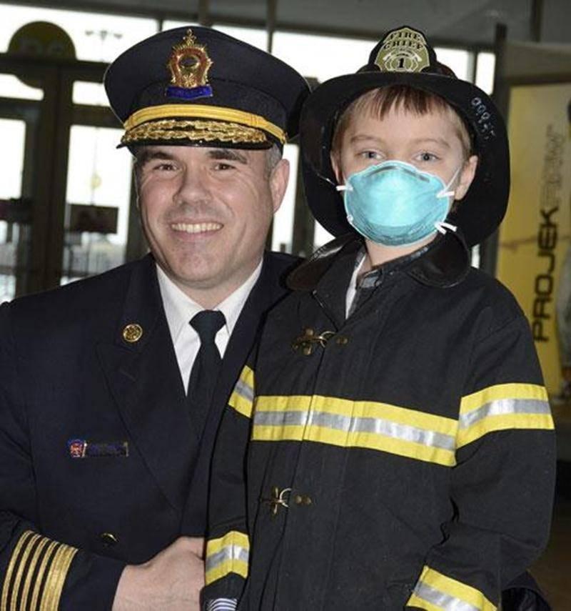 Le président et directeur du service de Sécurité incendie de la Ville de Saint-Hyacinthe, Daniel Dubois, s'est déjà trouvé une nouvelle recrue en Samuel Leblanc.
